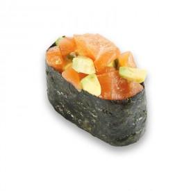 Суши Гунканы «Лосось с авокадо»